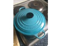 Le creuset cooking pot - bought for £199, selling for 29