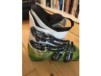 Kids atomic ski boots size 21.5 mondo