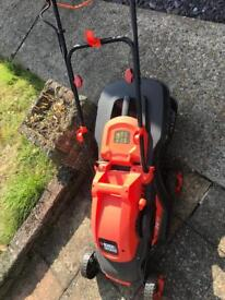 FREE Black and Decker Electric Lawnmower - NON WORKING