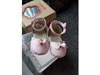 Mayoral crib shoes