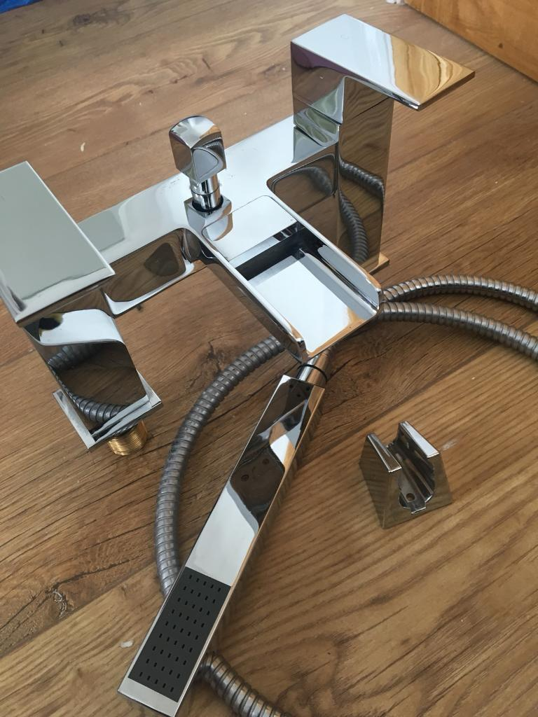Bath tap with shower head