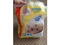 Bag of size 1 newborn nappies