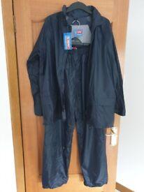 B Dri Jacket and Trousers Rainsuit size small