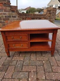 SPUPER QUALITY COFFEE TABLE WITH DRAWERS AND SHELVES (Laura Ashley)