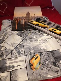 New york duvet and picture bundle