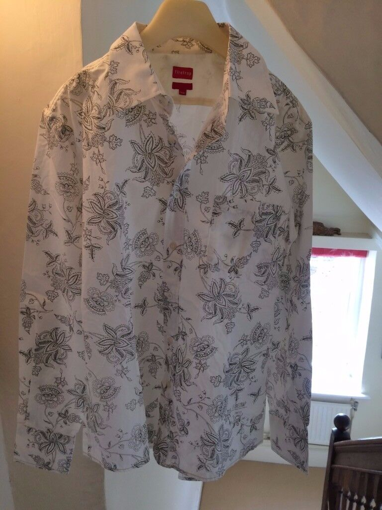 Mens Shirt / Large / White-Patterned / Smart