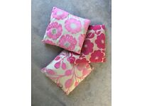 Pink scatter cushions
