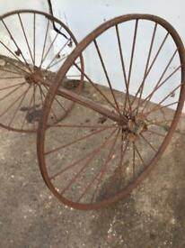 Vintage Iron spoke wheels on axle