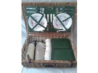 Wicker picnic hamper