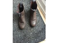 Girls brown leather Bridelway riding boots