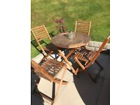 4 seater patio table and chairs