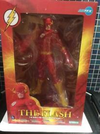 The flash artfx statue