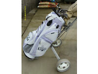 LADIES GOLDEN BEAR GRAPHITE GOLF CLUBS WITH BAG AND TROLLEY