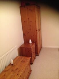 Double furnished room to let and shared amenities