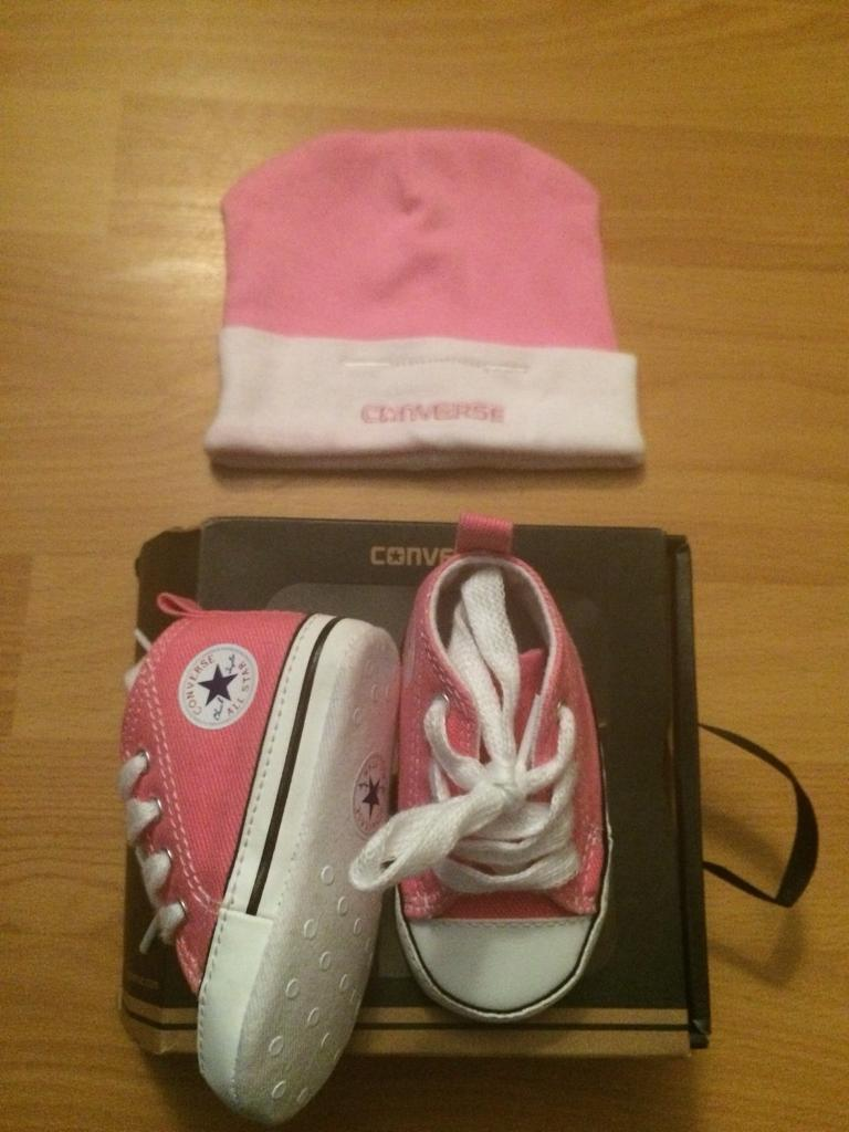 Pink 3-6 Months converse baby hi tops and converse hat