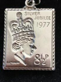 Womens Solid Sterling Silver 'Silver Jubilee Stamp' Replica Pendant