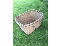Bike vintage basket