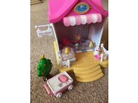 Hello Kitty Mini Playhouses and Figures - Very Good Condition