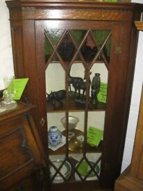 VINTAGE ORNATE GLAZED CORNER CABINET. LOCK & KEY. VIEWING / DELIVERY AVAILABLE