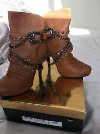 New boots size 3