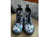 Dr Martins Boots size 5.5 (child)