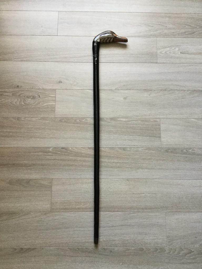 VERY COLLECTABLE DUCKS HEAD WALKING STICK