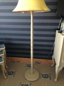 Shabby chic solid wood standing lamp