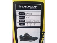 Dunlop Safety Shoes - Size 6