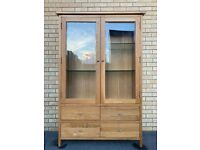 Lovely & Quality Tall Solid Oak Display Cabinet / Shelfing Unit – 2 Door – 4 Draw- Super Condition