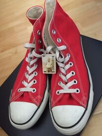 Converses Red Size 8 UK Chuck Taylor