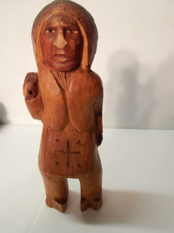 ANTIQUE / VINTAGE HAND CARVED FOLK ART WISCONSIN CHIPPEWA INDIAN DOLL - CHETEK