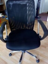 A very comfortable computer chair, £25.00