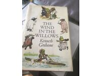 The wind in the willows hardback book 📚 vintage