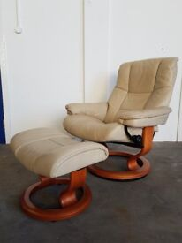 LUXURY LEATHER EKORNES STRESSLESS RECLINING CHAIR WITH FOOTSTOOL QUALITY RECLINER DELIVERY AVAILABLE