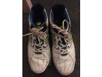 NB cricket shoes/footwear/trainers/rubbers/astro - size 11