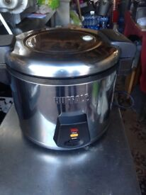Buffalo Electric Rice Cooker - 6 Litre