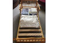 Pine toddler bed