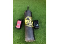 Punch Bag with Wall Mount Bracket