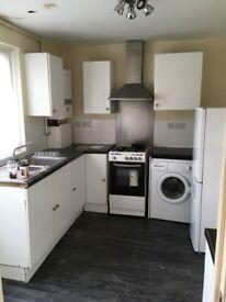 *5 bedroom house Enfield EN3 6EW £2300