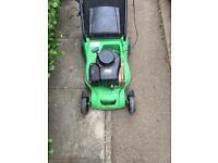 Briggs & Stratton Petrol Lawnmower