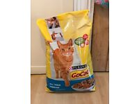 10 KG Go Cat biscuits