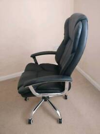 Office chair, super comfortable exec adjustable chair