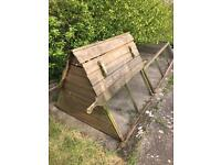 Large chicken coop approximately 8 foot long with run £110