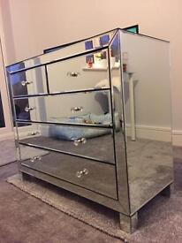 Solid mirrored chest of drawers