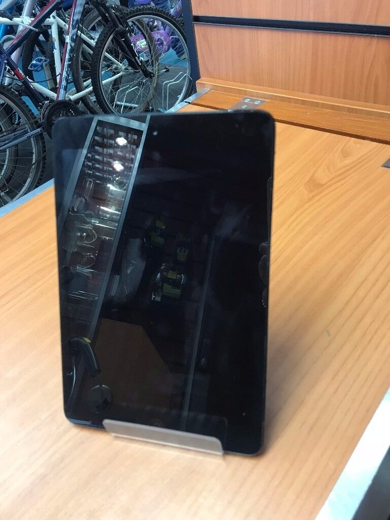 Apple Ipad Mini 1St Gen 16gb On Vodafone With Charger