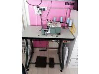 3/4 Thread Overlock Industrial sewing Machine with loads of thread