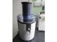 Philips HR1861 Whole Fruit Juicer - Aluminium