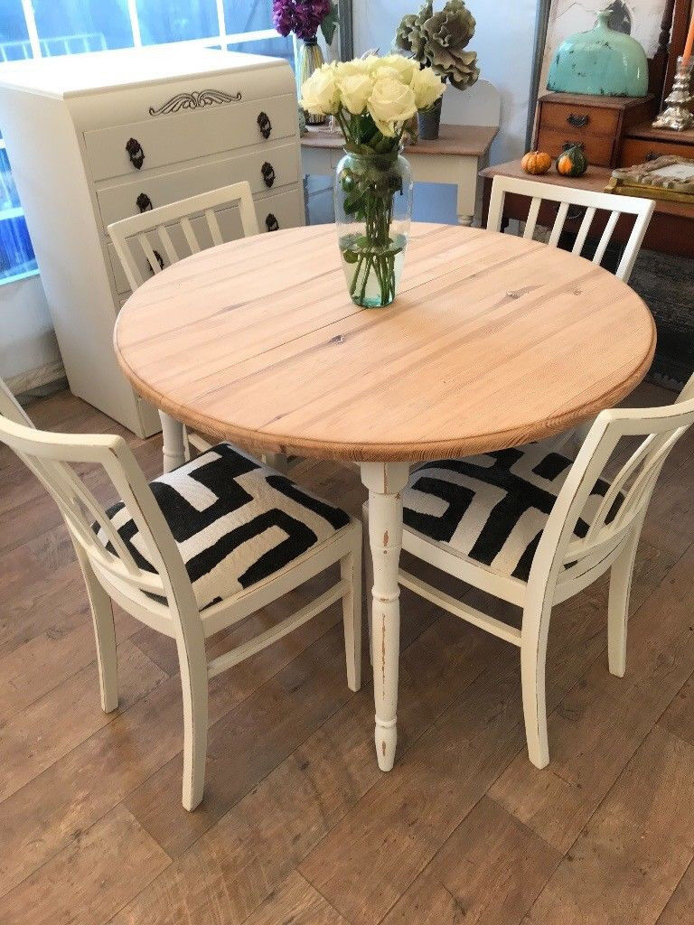 Shabby Chic Dining Table And 4 Chairs In Farmhouse Style