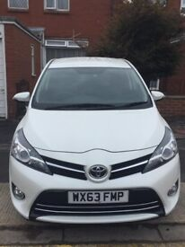 Toyota Verso 1.6 Petrol Very Low mileage, FULL SERVICE HISTORY, REVERSE CAM viewing recommended