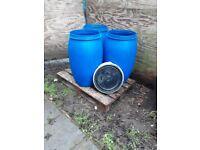 120 litre plastic barrel, shipping, storage,waterbutt